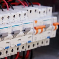 Oakleigh South Electrician Dustim