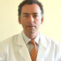 Dr. Jorge Villagra, Nefrologo infantil