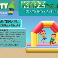bouncing castles at kidz delight