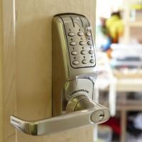 L A N Locksmith Services