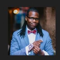 Ran d Shine - Magician in Philadelphia Downtown